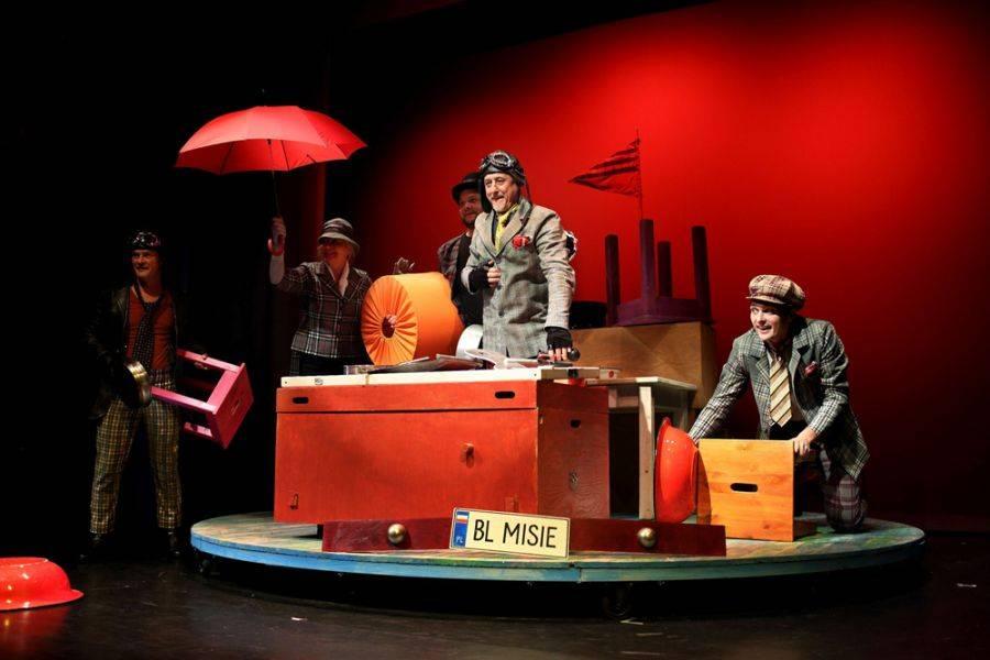 Sztuka, Teatr Lalki Aktora zachęca głosowania [VIDEO] - zdjęcie, fotografia