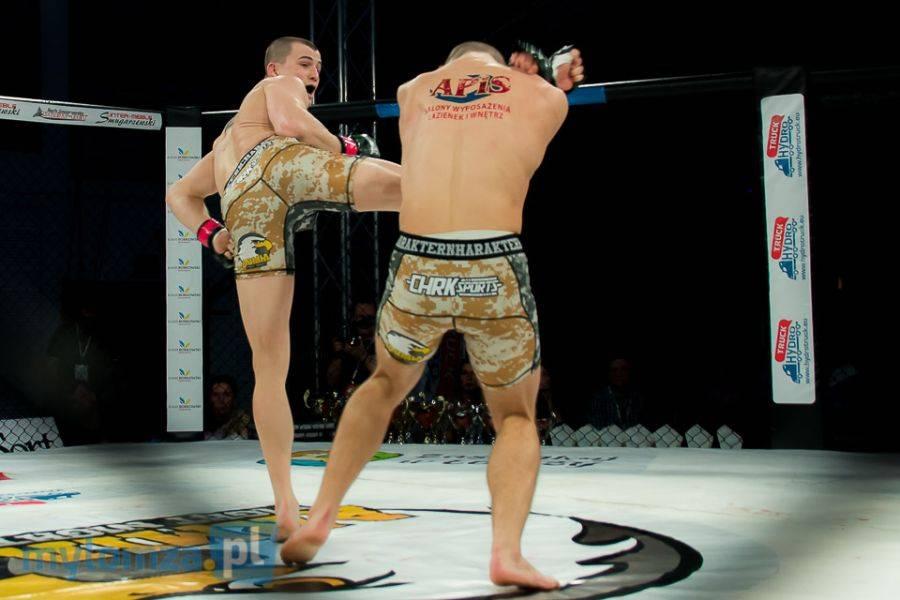 Sport, Armia Fight Night Piotr Mroczkowski Maciek Kierzkowski [VIDEO FOTO] - zdjęcie, fotografia