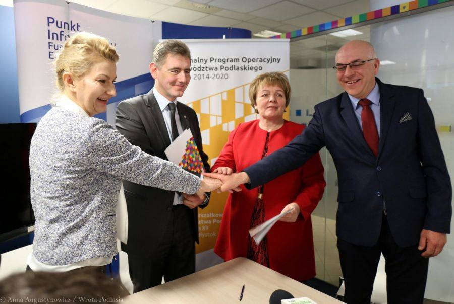Region, Prawie pomoc założeniu własnej firmy subregionie łomżyńskim - zdjęcie, fotografia