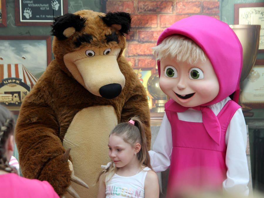 Sztuka, Masza Niedźwiedź zachwycili dzieci Łomży [VIDEO FOTO] - zdjęcie, fotografia