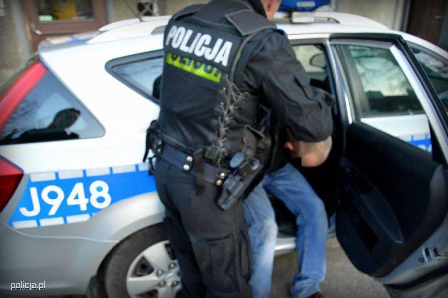 Newsy, Pijany kierowca Łomży Miał ponad promile - zdjęcie, fotografia