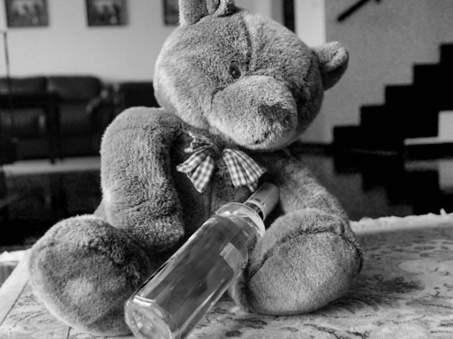 Łomża, Łomża Przyszli przedszkola odebrać dziecko pijani - zdjęcie, fotografia