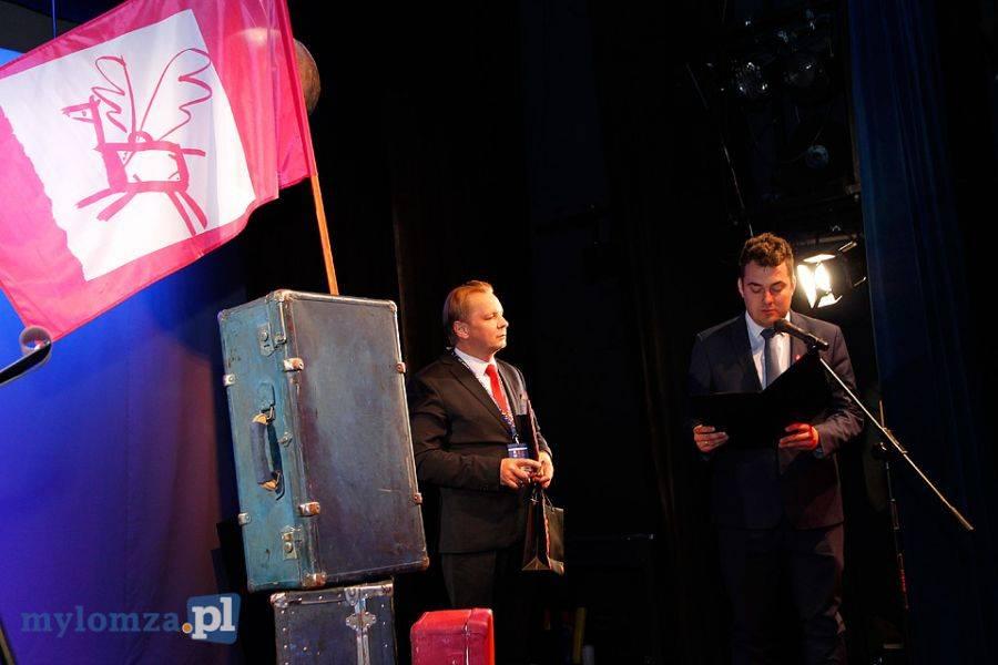 Sztuka, Walizka otwarta! Rozpoczął wielki teatralny festiwal Łomży [FOTO] - zdjęcie, fotografia