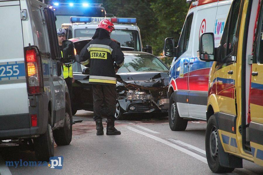 Newsy, Policjanci Łomży niegroźnymi obrażeniami opuścili szpital - zdjęcie, fotografia