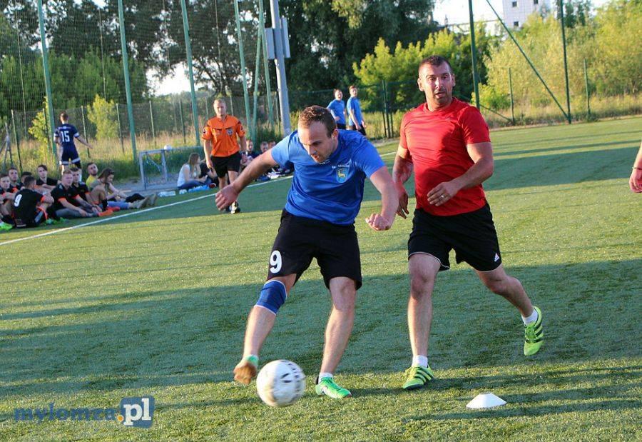 Piłka nożna, Nocny Młodzieżowy Turniej Piłki Nożnej Puchar lecia Łomży Dziś finał [VIDEO FOTO] - zdjęcie, fotografia
