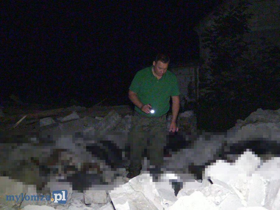 Łomża, Wiatr zrywał dachy powalał drzewa Tragiczne skutki nawałnicy [VIDEO FOTO] - zdjęcie, fotografia