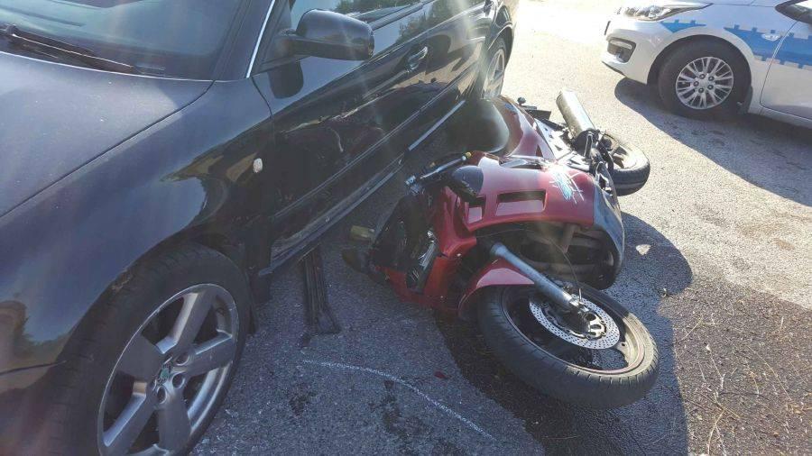 Region, Wypadek motocyklisty [FOTO] - zdjęcie, fotografia