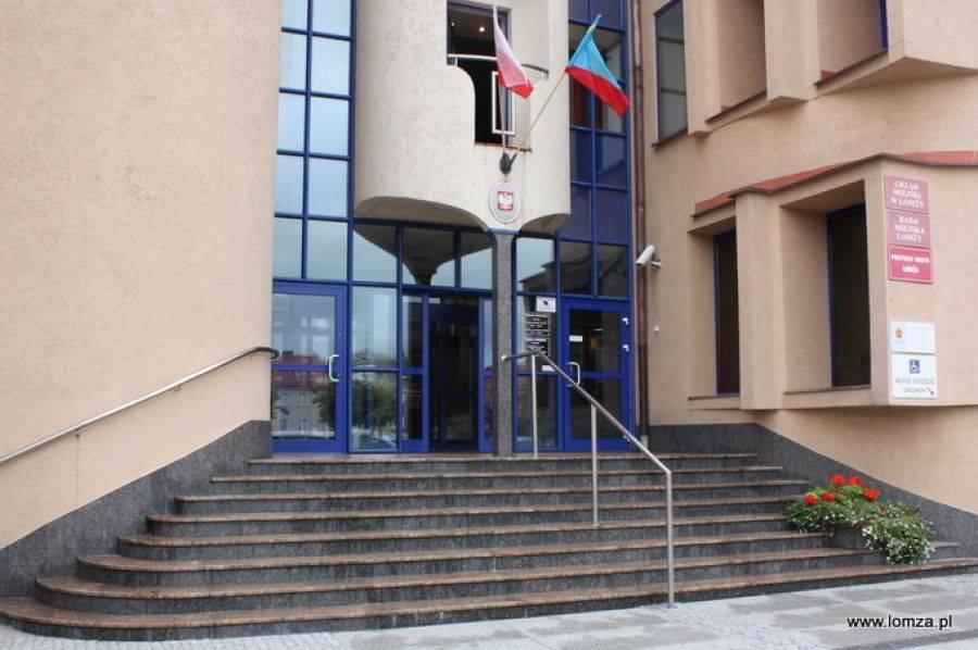 """Łomża, Specjalna komisja sprawę """"braku podpisu"""" - zdjęcie, fotografia"""