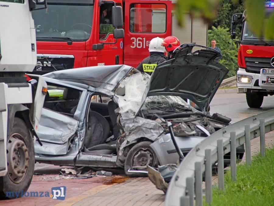 Newsy, Cztery osoby ranne wypadku przed mostem Hubala [FOTO] - zdjęcie, fotografia