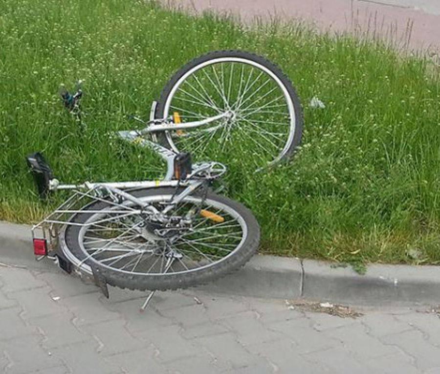 Wypadki drogowe, Mickiewicza potrącono rowerzystkę - zdjęcie, fotografia