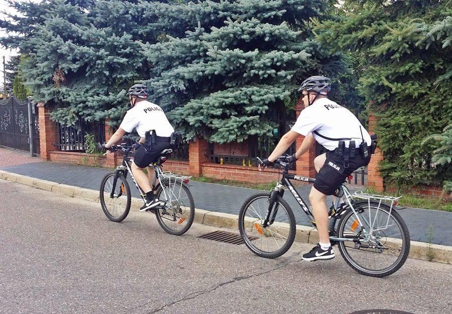Rowery, Policyjne jednoślady ulicach Łomży - zdjęcie, fotografia