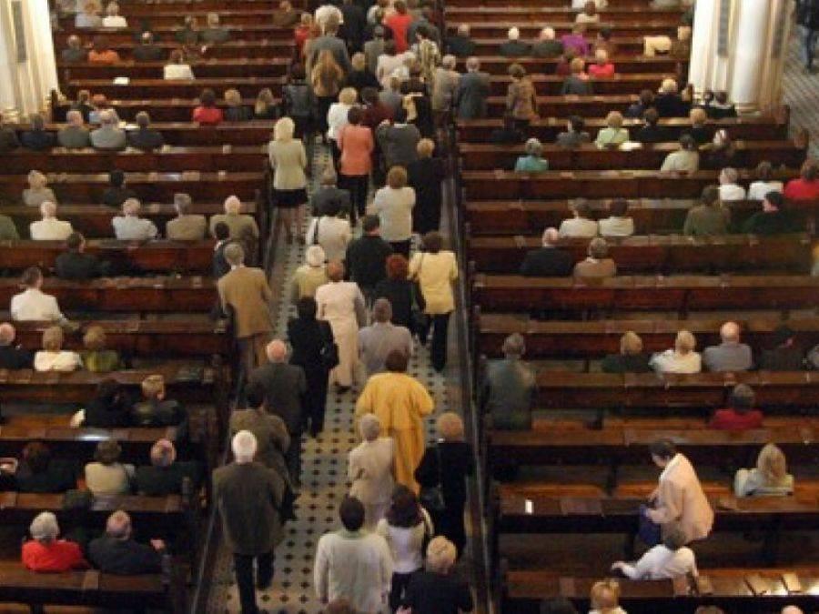 Interwencje, Łomża Ukradł torebkę kościele - zdjęcie, fotografia