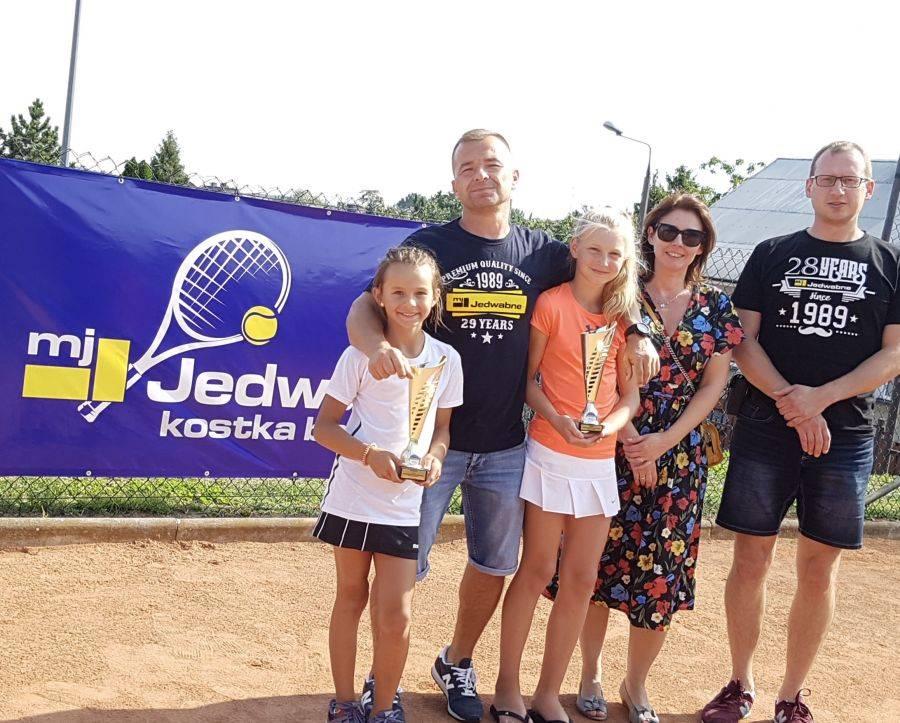 Tenis ziemny tenis stołowy badminton, Młoda wicemistrzyni [FOTO] - zdjęcie, fotografia