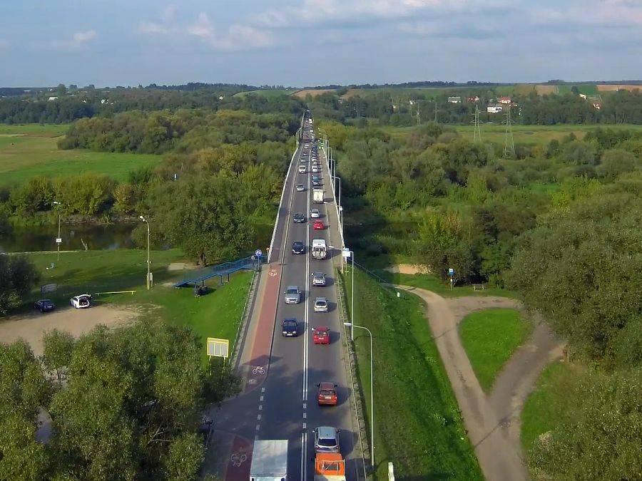 Łomża, Zakorkowane mosty Łomża Piątnica widziane drona [VIDEO] - zdjęcie, fotografia