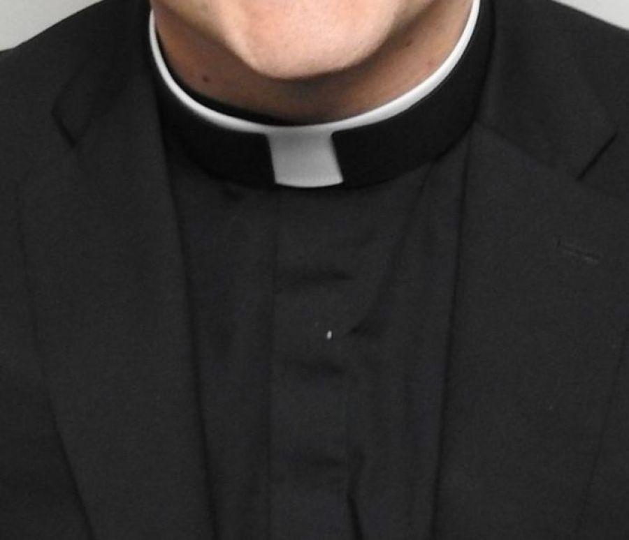 Kościół, Zgłoszenie rezygnacja proboszcza - zdjęcie, fotografia
