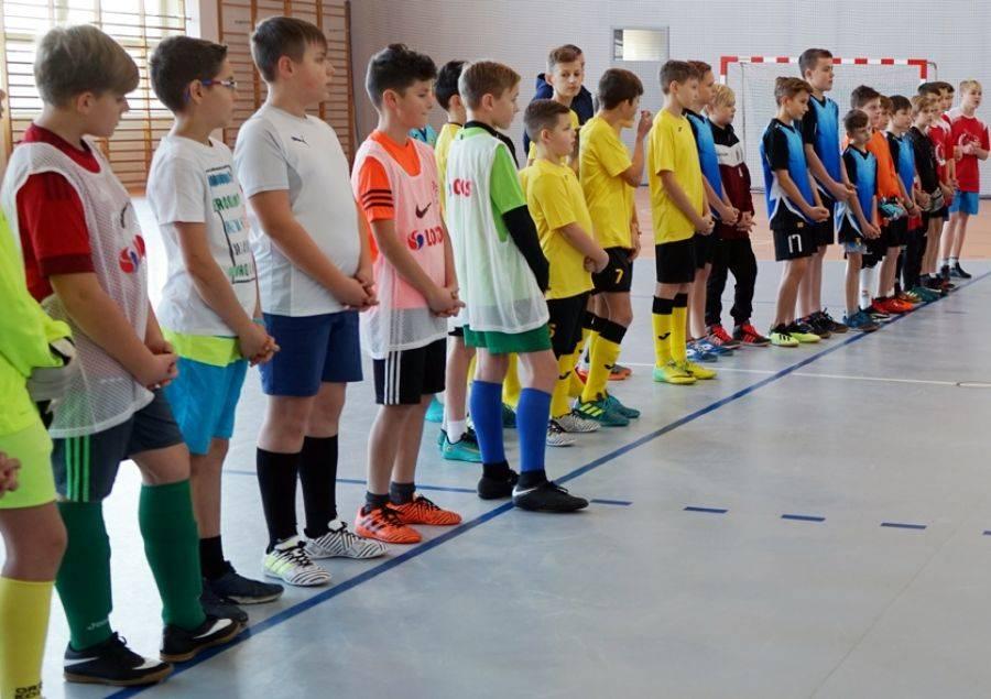 Sport, Ministranci rywalizowali piłce nożnej [FOTO] - zdjęcie, fotografia
