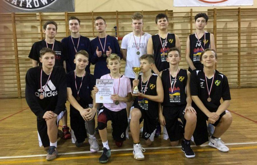 Koszykówka, Kolejny sukces koszykarzy Dziewiątki [FOTO] - zdjęcie, fotografia