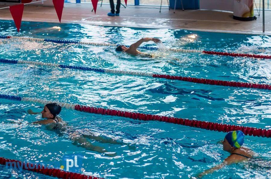 Rekreacja sportowa , godzinny Maraton Pływacki znamy termin - zdjęcie, fotografia