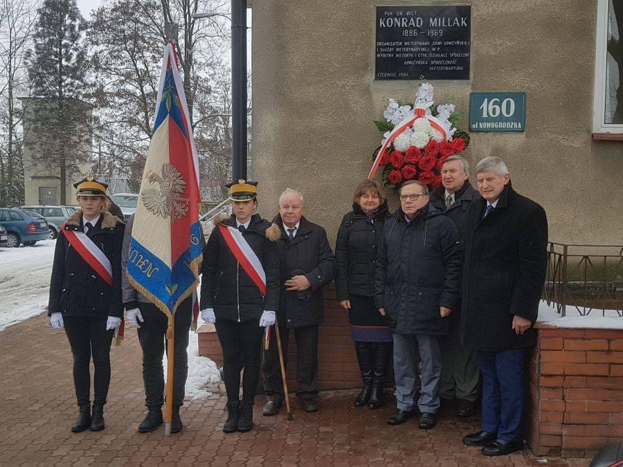 Newsy, Hołd organizatora weterynarii ziemi łomżyńskiej - zdjęcie, fotografia