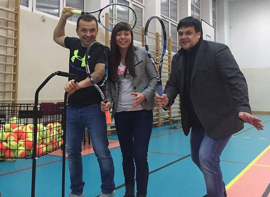 Tenis ziemny tenis stołowy badminton, Return najlepszy województwie - zdjęcie, fotografia