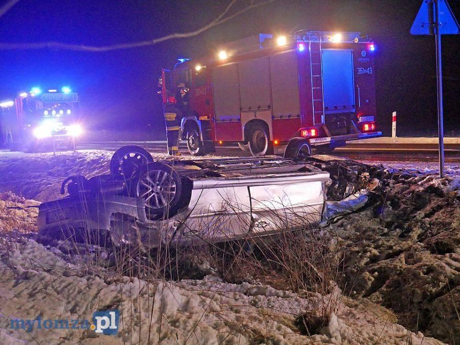 Wypadki drogowe, uderzył naczepę [FOTO] - zdjęcie, fotografia