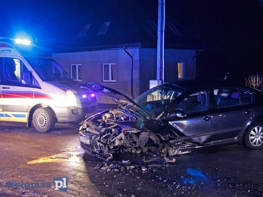 Wypadki drogowe, Śniadowo Szczepankowo Czołowe zderzenie osobówek [FOTO] - zdjęcie, fotografia
