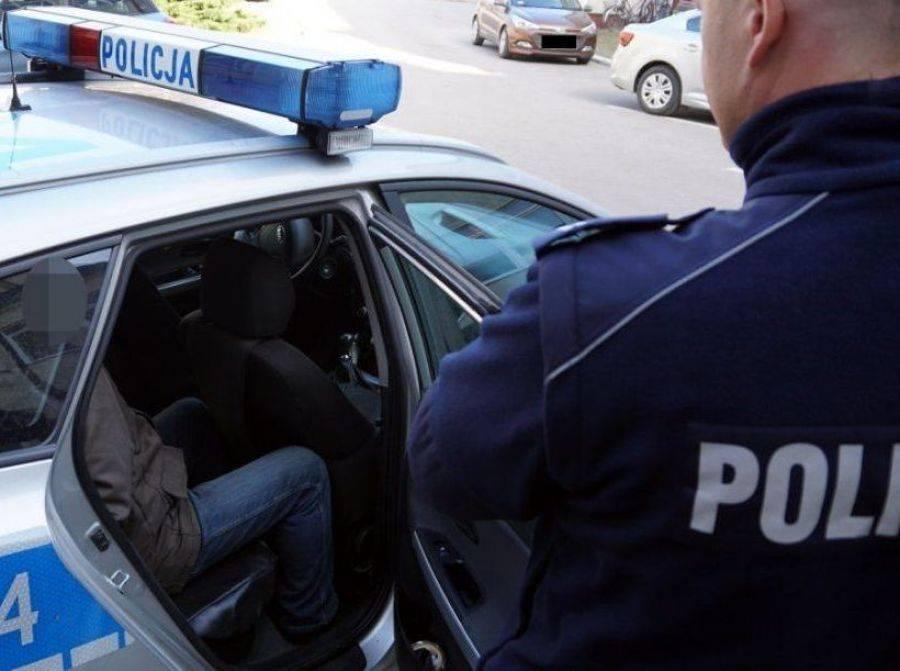 Kronika kryminalna, Zatrzymano podejrzewanego usiłowanie zabójstwa dwóch osób - zdjęcie, fotografia