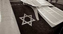 Twoja rodzina pomagała Żydom? Łomżyńskie muzeum szuka eksponatów