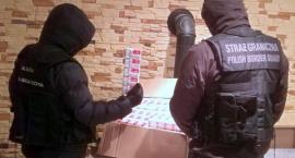 Funkcjonariusze KAS z Łomży przechwycili nielegalne papierosy [FOTO]