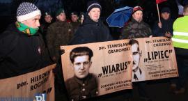 Marsz Pamięci Żołnierzy Wyklętych przeszedł ulicami Łomży [VIDEO i FOTO]