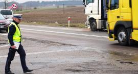 Kisielnica: Tir uderzył w osobówkę [FOTO]