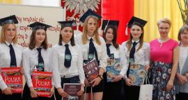 Łomża: Absolwenci WETY otrzymali świadectwa i nagrody [FOTO]