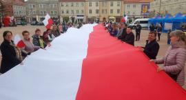Łomża: Biało-czerwony piknik na Starym Rynku [VIDEO i FOTO]