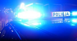 Rozbite BMW w płomieniach. Pijany sprawca uciekł i posiadał amfetaminę