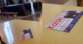 Łomża: Ulotki wyborcze w katedrze [FOTO]