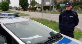 Nowogród: Policyjna eskorta na