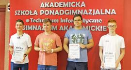 Akademicka Szkoła Ponadgimnazjalna, czyli szkoła liderów informatyki