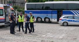 Bezpieczne Wakacje: Policja zachęca do sprawdzania autobusów [VIDEO]