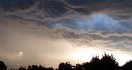 Upał i burze z gradem. IMGW ostrzega