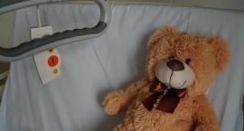 Koniec z płatnym pobytem przy dziecku w szpitalu. W planach