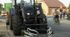 Mątwica: Wypadek osobówki z traktorem [FOTO]