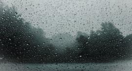 Silny deszcz z burzami! IMGW ostrzega