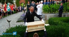 Łomża: Polscy żołnierze spoczęli przy Sanktuarium Miłosierdzia Bożego [FOTO]