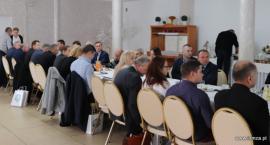 Samorządowcy dyskutowali o gospodarowaniu odpadami [FOTO]