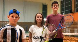 Młodzi tenisiści przywieźli medale