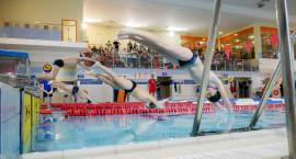 Podstawówka na fali H2O oraz Otwarte Zawody Pływackie klas gimnazjalnych i Szkół Średnich [VIDEO i F
