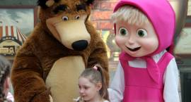 Masza i Niedźwiedź zachwycili dzieci w Łomży [VIDEO i FOTO]