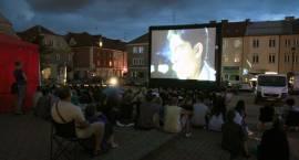 Letnie Kino Plenerowe startuje w Łomży [HARMONOGRAM]