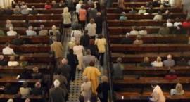 Łomża: Ukradł torebkę w kościele
