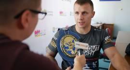 Gala boksu zawodowego z walką mistrzowską zawita do Łomży [VIDEO i FOTO]